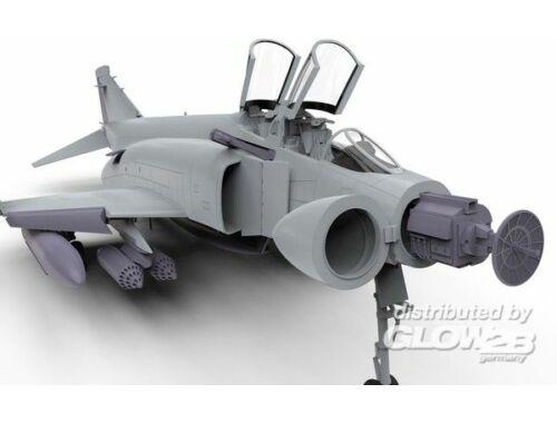 Airfix McDonnell Douglas FG.1 Phantom-Royal Navi 1:72 (A06016)