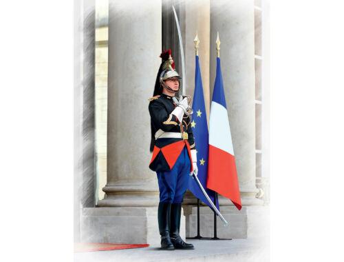 ICM French Republican Guard Cavalry Regiment Corporal 1:16 (16007)