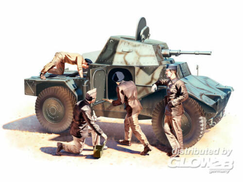 ICM Panhard 178 with French Armored Vehicle Crew 1:35 (35381)