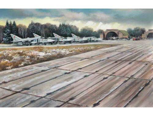 ICM Soviet PAG-14 Airfield Plates 32 pcs 1:48 (48231)