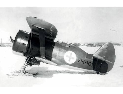 ICM I-153, WWII Finnish Air Force Fighter winter version 1:72 (72075)