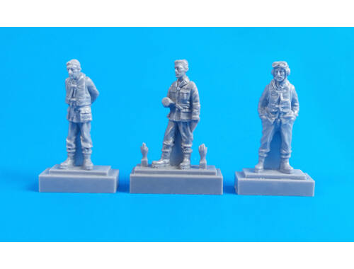 CMK Barracuda Crew Members - Standing (3 fig.) 1:72 (F72326)