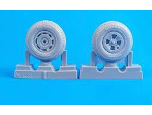 CMK Tempest Mk. II/V/VI- 1/32 Square Tread Pattern Mainwheels for Special hobby kit 1:32 (Q32275)