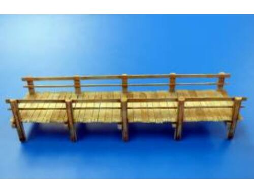 Plus Model Footbridge 1:35 (501)