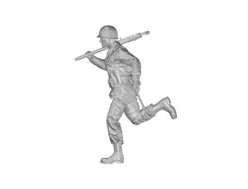 CMK 1/35 US WW2 Soldier (101 Airborne) Running with M2 Machine Gun over his Shoulder 1:35 (F35335)