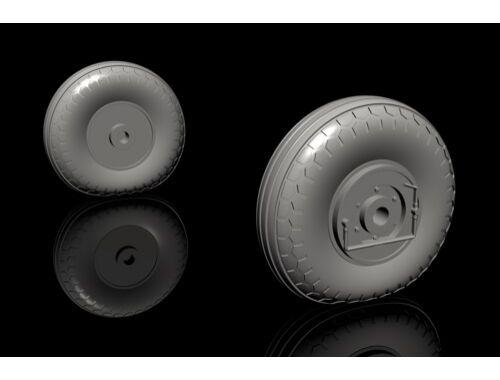 CMK IAR-80A/81 – Mid Production Mainwheels for Special Hobby kit 1:32 (Q32283)
