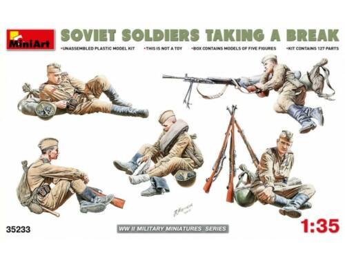Miniart Soviet Soldiers Taking a Break 1:35 (35233)