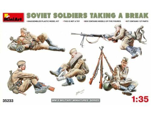 Miniart Soviet Soldiers Taking a Break 1:35 (35233)