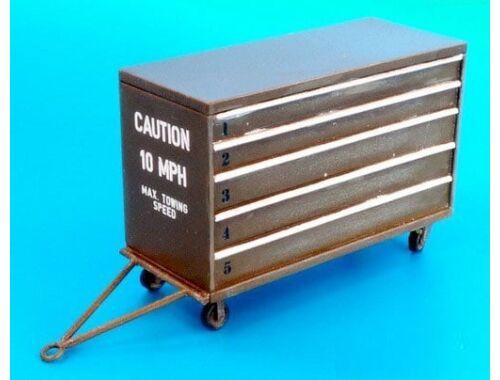 Plus Model USAF portable tool box 1:48 (AL4075)