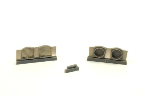 CMK P-40 - Undercarriage Set (contains wheel well structure and canvas covers) 1:72 (7389)