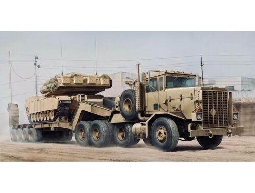 Hobby Boss M911 C-HET w/m747 Heavy Equipment Semi- Trailer 1:35 (85519)