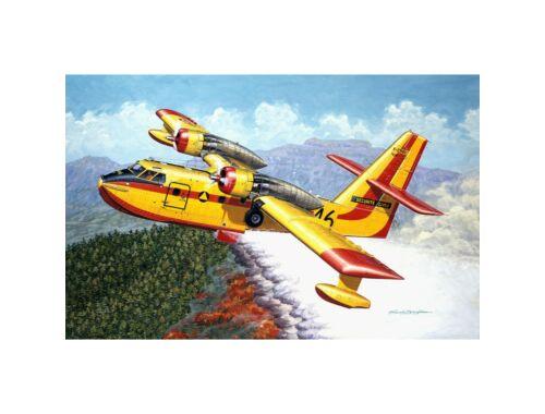 Heller Canadair CL-215 1:72 (80373)