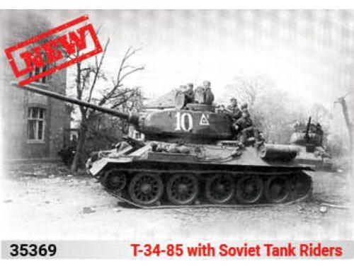 ICM T-34-85 with Soviet Tank Riders 1:35 (35369)