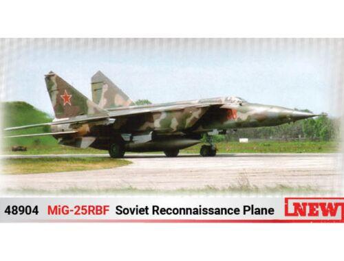 ICM MiG-25 RBF, Soviet Reconnaissance Plane 1:48 (48904)