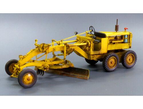 Plus Model U.S. Motor Grader 1:48 (4031)