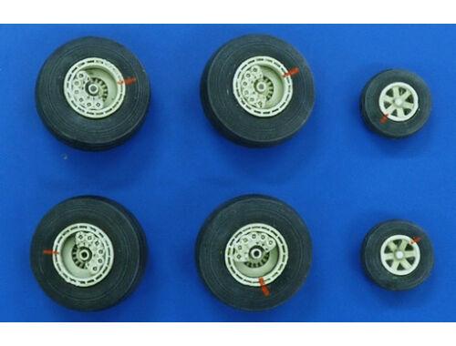 Plus Model Wheels for EC-121 Warning Star 1:72 (AL7027)