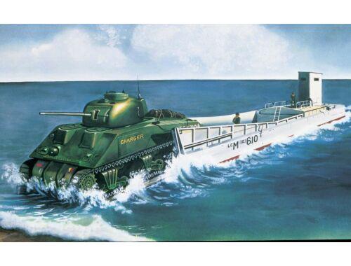 Airfix LCM3   Sherman Tank 1:76 (A03301V)