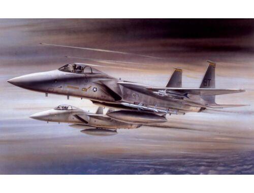 Airfix Large Starter Set-McDonnell Douglas F-15A Strike Eagle 1:72 (A55311)