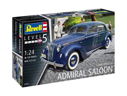 Revell Luxury Class Car Admiral Saloon (7042)
