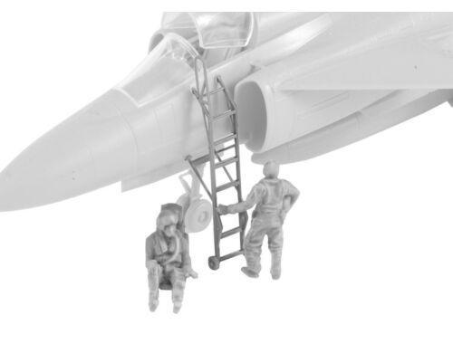 CMK SK-37/SK-37E Viggen instruktor/Operator and Pilot Climbing 1:72 (F72352)