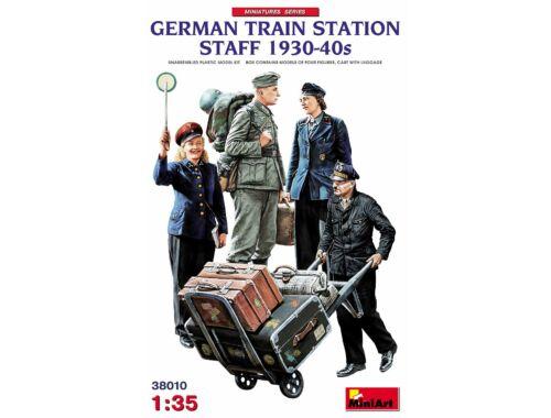 MiniArt German Train Station Staff 1930-40s 1:35 (38010)
