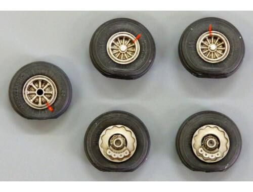 Plus model Wheels for DC-6/C-118 1:72 (AL7030)