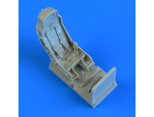 Quickboost J-29 Tunnan seats with safety belts 1:48 (48 898)
