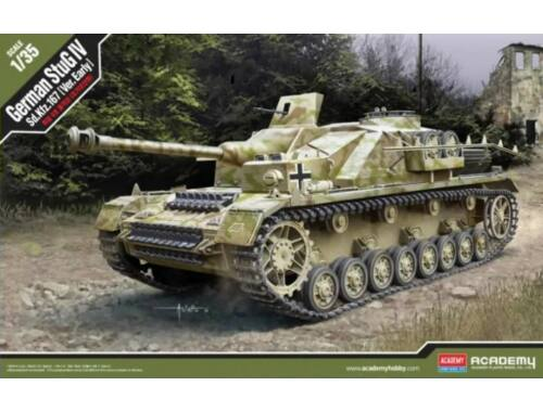 Academy StuG IV Sd.Kfz. 167 Early Ver. 1:35 (13522)