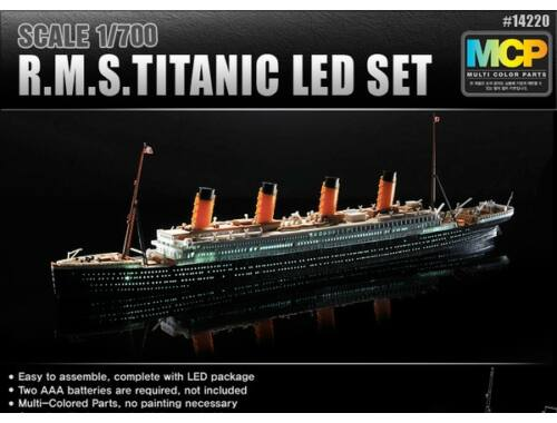 Academy R.M.S. Titanic Led Set 1:700 (14220)