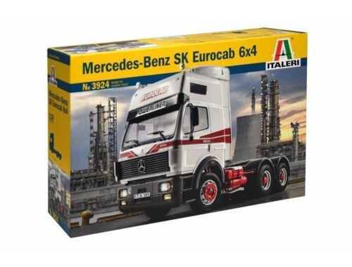 Italeri Mercedes-Benz SK EUROCAB 6x4 1:24 (3924)