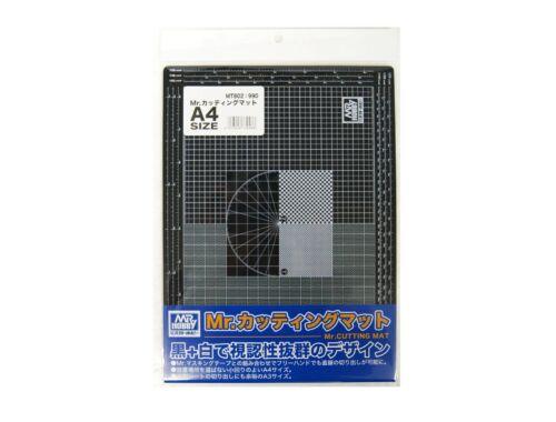 Mr Hobby Mr. Cutting Mat A4 MT-802