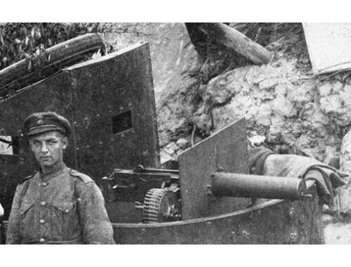 ICM Model T RNAS Armoured Car with WWI British Tank rew 1:35 (35670)