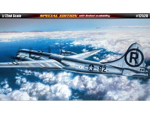 """Academy B-29A """"ENOLA GAY   BOCKSCAR"""" 1:72 (12528)"""