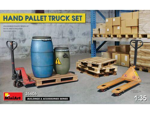 MiniArt Hand Pallet Truck Set 1:35 (35606)