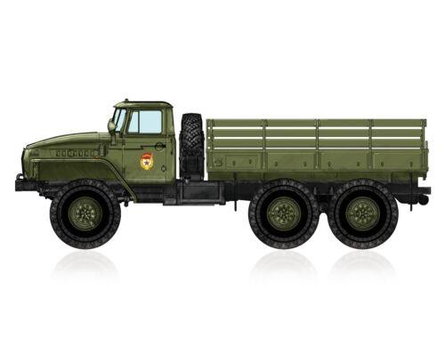 Hobby Boss Russian URAL-4320 Truck 1:72 (82930)